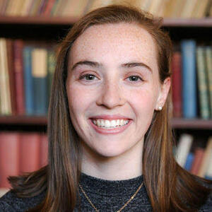 portrait of Leah Kaye