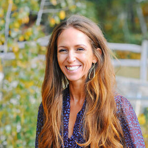 Lisa Lavin outdoors
